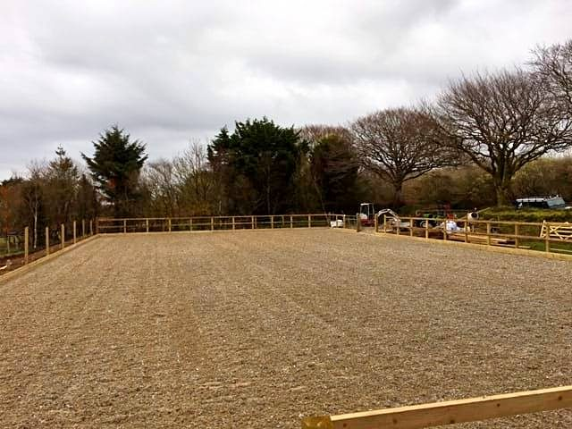 Arena build & design with fibre and sand surface - by Beta-Ride