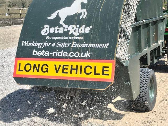 Beta-Ride arena fibre spreading